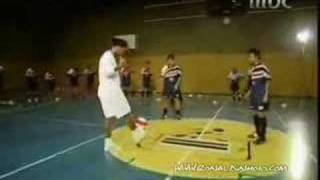 Ronaldinho Freestyle skills