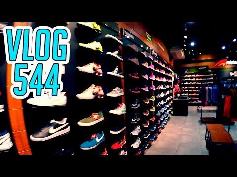 Vlog 544 | A comprar tenis, Plaza del sol