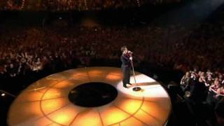Robbie Williams - Feel [Live in Berlin]