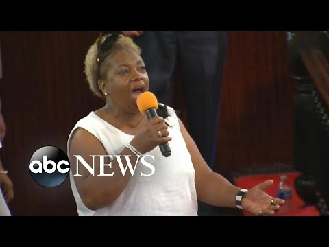 Charleston Church Members Return for Services In Wake of Deadly Shooting