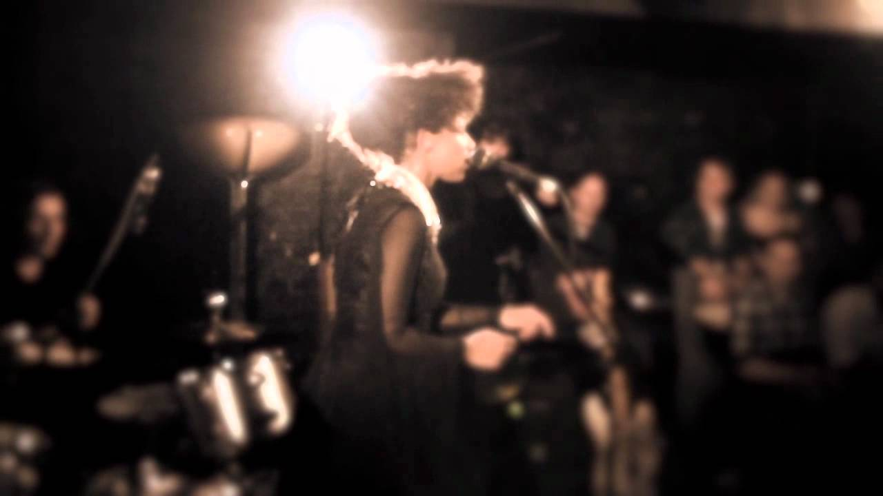 Lianne La Havas | Don't Wake Me Up (Live at The Slaughtered Lamb)