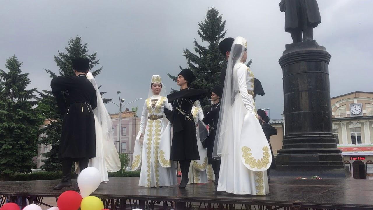 столь поздравление по осетинский наиболее