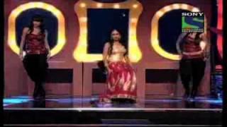 Shreya Ghoshal - Bhor Bhaye Panghat Pe