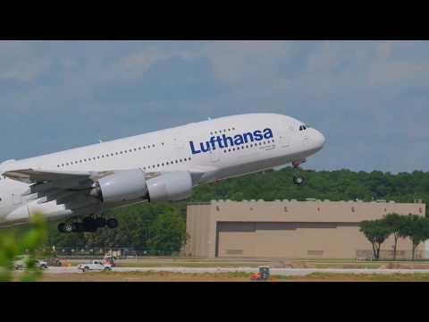 Plane Spotting   4K   Houston, TX (IAH)