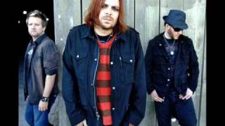 Repeat youtube video Seether- Heart Shaped Box