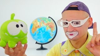 Funny Clown and Om Nom. Geography lesson for toys....