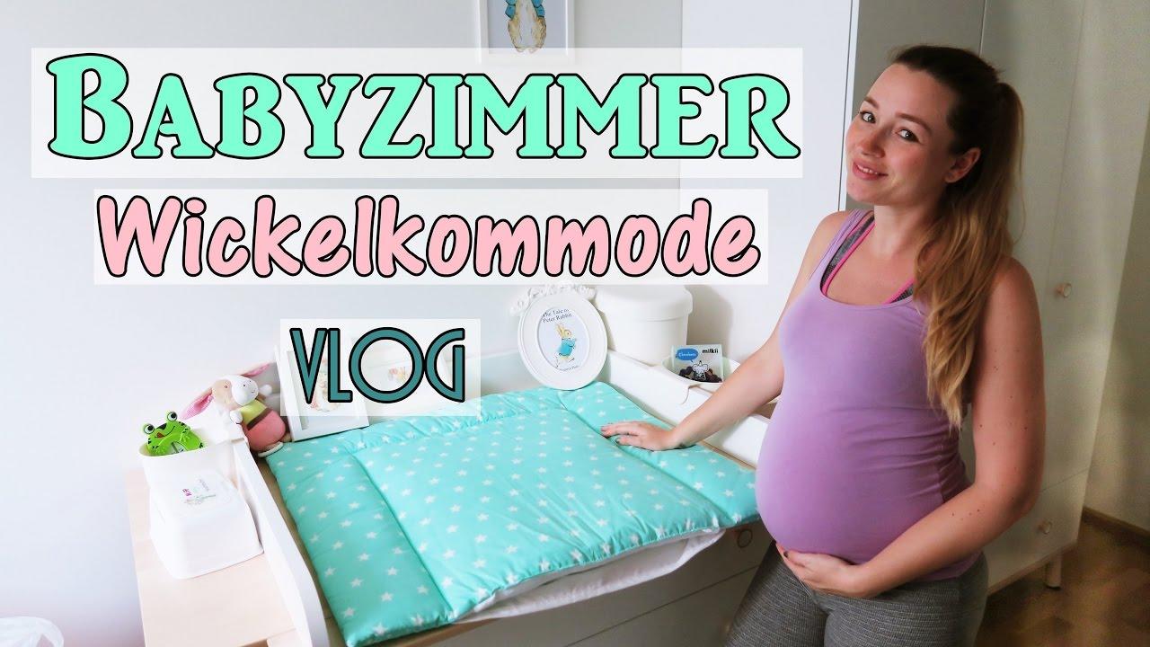 Das Babyzimmer Steht Wickelkommode Einraumen Erste Babywasche