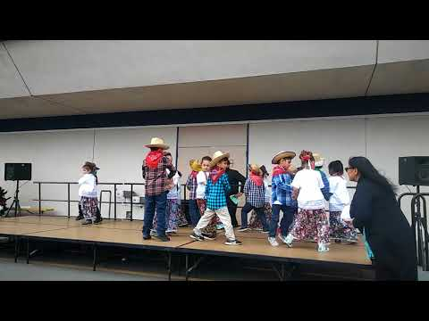 Mrs Ponce's class perform Remember me from coco