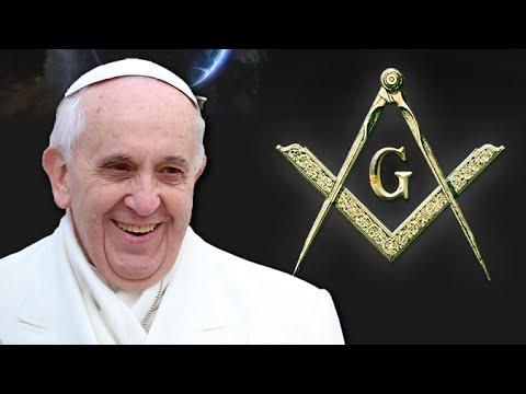 Acrobats strip for Pope Benedict XVI, perform topless in Vaticanиз YouTube · Длительность: 1 мин45 с