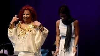 BETH CARVALHO 7/09/2013 com MARIENE de CASTRO, DUDU NOBRE, LU & LUANA CARVALHO & RILDO HORA