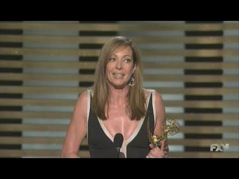 Allison Janney wins Emmy Award for Masters of Sex 2014