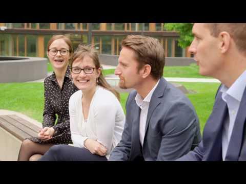 DER STANDARD Karriere-Einblicke in die Arbeitswelt der Erste Bank
