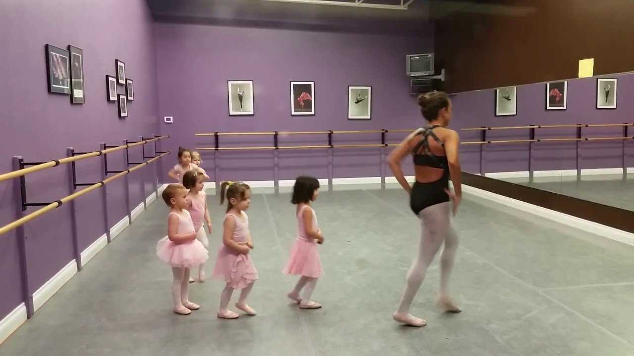 fe7e85b9b 3 year old ballet class - YouTube