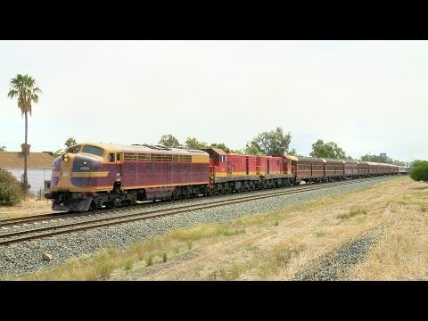 The LVR Heritage Train: Diesels and Steam Locomotives - Poat
