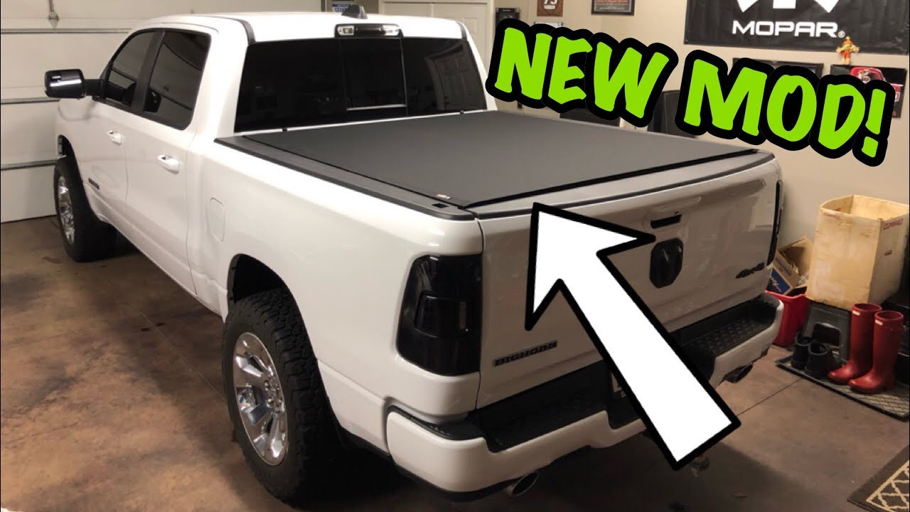 2019 Ram 1500 Tonneau Cover Install Must Have Youtube