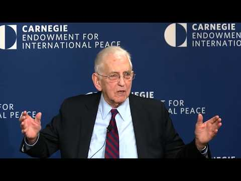 A Conversation with Daniel Ellsberg: Reconciling Personal Integrity and Government Service