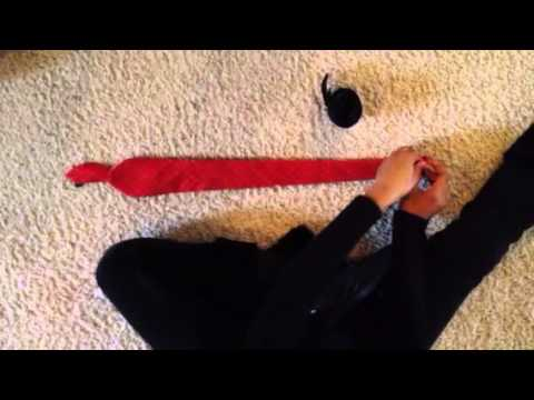 How to fold a tie