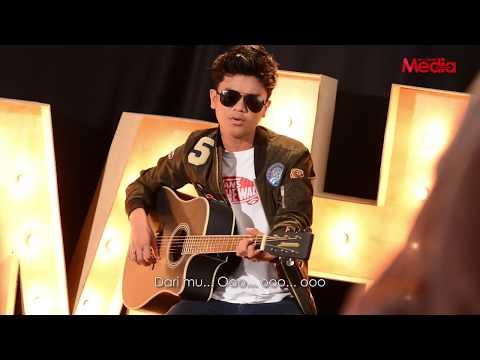 HAQIEM RUSLI - SEGALANYA - Live Akustik - The Stage - Media Hiburan