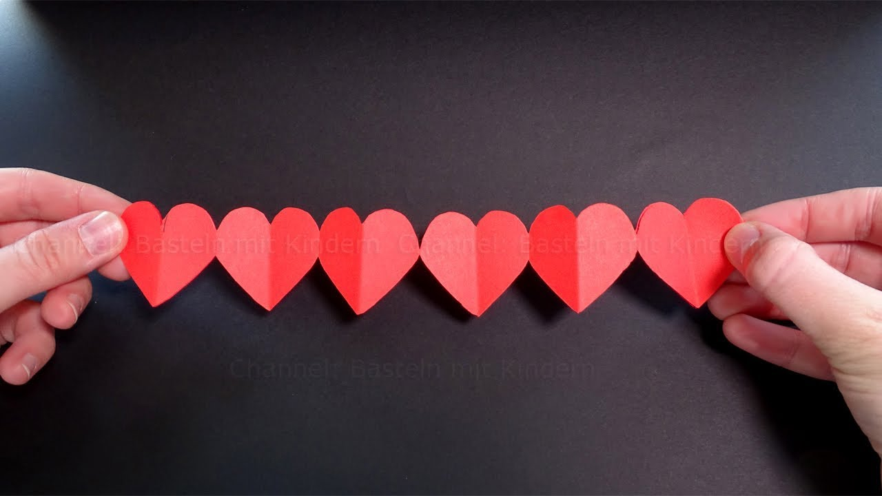 Tutorial For A Paper Heart Chain