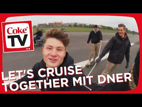 ConCrafter, KranCrafter, EsKay und Dner checken coole Cruiser | #CokeTVMoment