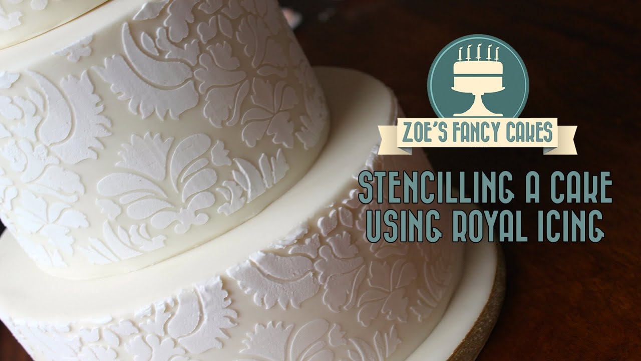 stencil taart How to stencil on a cake using royal icing stencilling on a cake  stencil taart