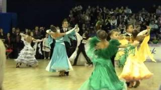 1. Платья Ю-1 - Слава России 2010(, 2010-12-18T14:59:38.000Z)