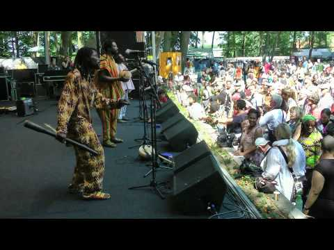 King Ayisoba & Band - AFH302