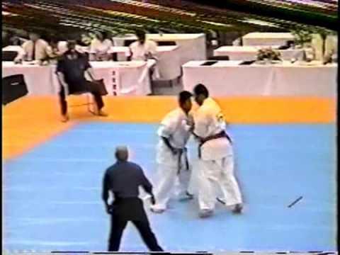 極真会館 2000年全日本ウェイト制大会 樋口恵士 1回戦 (Kyokushin 2000 All Japan Weight Categoly) 滋賀空手
