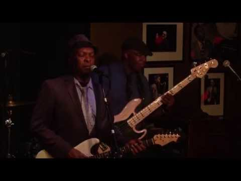 Booker T Jones - Take Me to the River (Al Green cover) Live at Ronnie Scott's