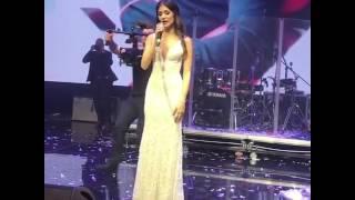Анастаия Шубская поет для Александра Овечкина на свадьбе