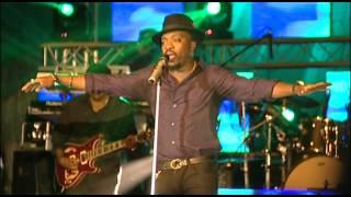 anthony-hamilton-pass-me-over-live-in-nairobi