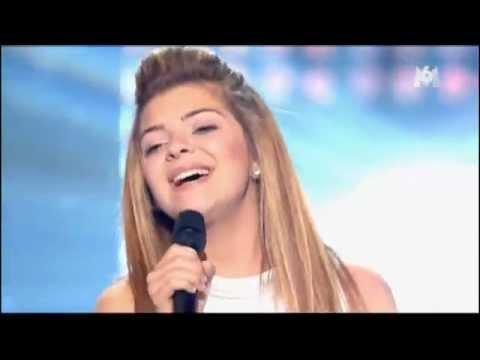 Caroline Costa - Ave Maria