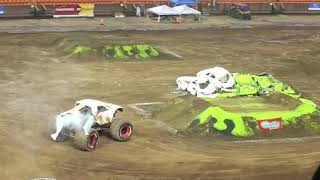 MONSTER TRUCKS HAWAII 2019 - Aloha Stadium Monster X Tour