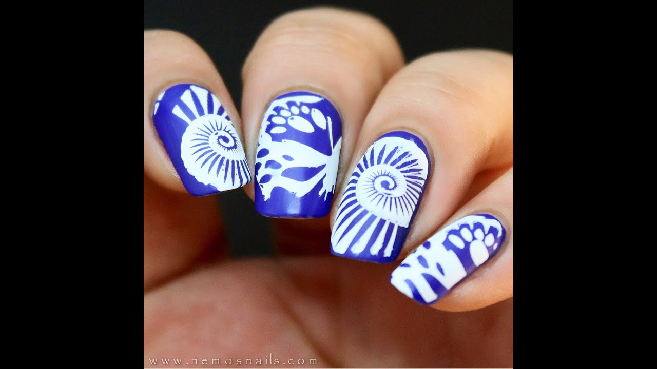 Simple stamped nail art using moyou london stamping plates youtube prinsesfo Images