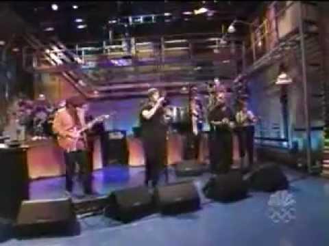 Santana And Rob Thomas Perform Smooth Live
