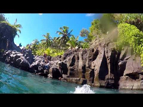 cliff jump and a swim at Venus Pool
