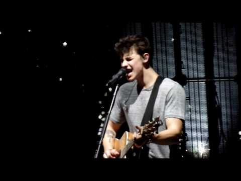Shawn Mendes- Hold On San Diego 2016