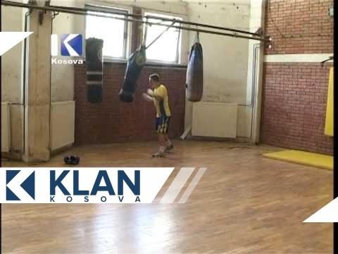 Lë boksin për tu bërë polic  -  KlanKosova.tv
