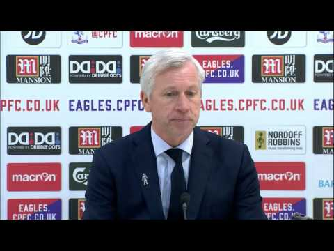 Alan Pardew: Christian Benteke dived & slams Jamie Carragher