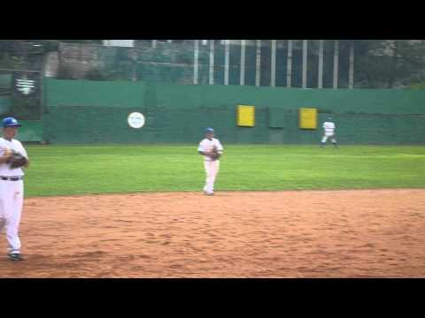 Pitcher de Tijuana Municipal vs Liga Beto Avila 060712.MOV