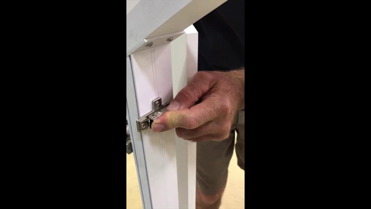 Montaggio Porta Filo Muro Cartongesso come montare telaio con porte trapezio a scomparsa filo muro