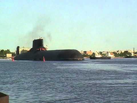 Russian submarine TK-208 Dmitri Donskoi (06.06.2011)