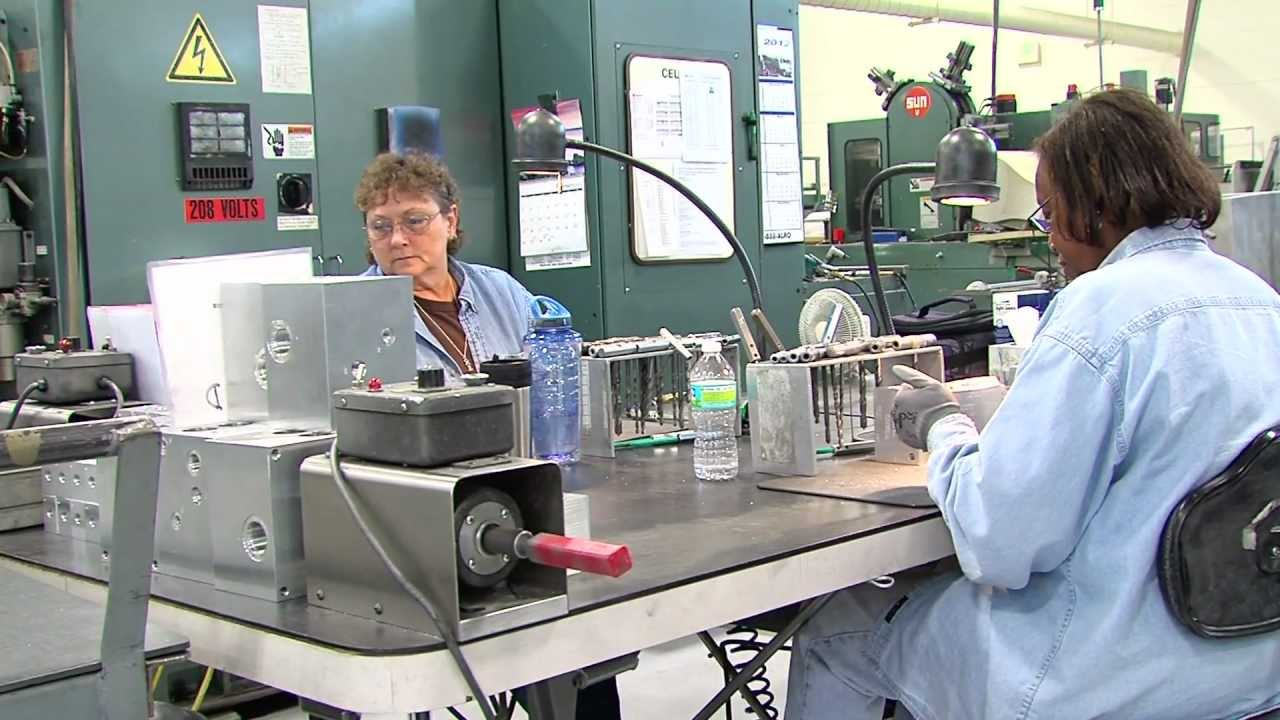 Engineering Technology & Advanced Manufacturing - YouTube