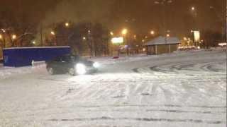 Mercedes Benz E350 snow drift Russia.