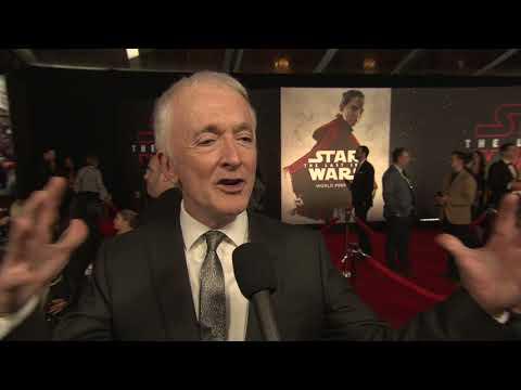 "Star Wars: The Last Jedi: Anthony Daniels ""C-3PO"" Red Carpet World Premiere Interview"