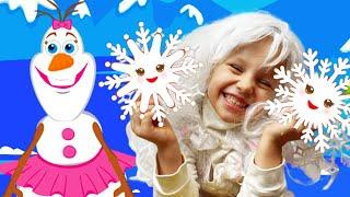 Pequeño copo de nieve   Canción Infantil   Canciones Infantiles con Alex y Nastya