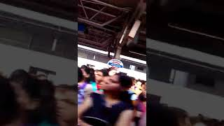 Mumbai danger  train never travel