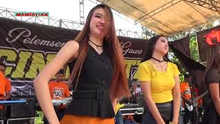 Video Goyang 2 Jari # All Artis MANHATTAN CINDIKATZ 2018 download MP3, 3GP, MP4, WEBM, AVI, FLV Oktober 2018
