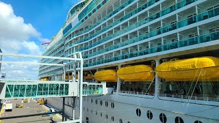 Navigator of the Seas Cruise Ship Tour - Royal Caribbean