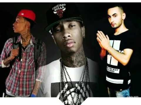 (molly) tyga (ft) is wiz khalifa and mc sameer (Official music song) star palestine